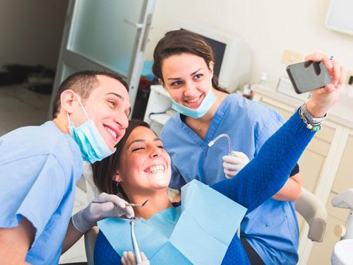 Лечение зубов в Новосибирске цены