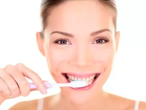 Дешевое протезирование зубов