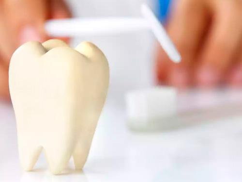 Зубные протезы в СПб