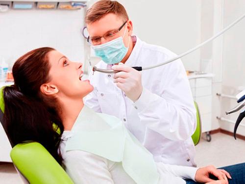Сколько стоит сделать отбеливание зубов