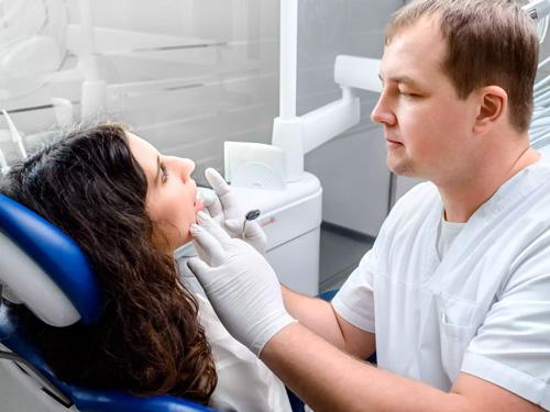 Отбелить зубы в Новосибирске цена