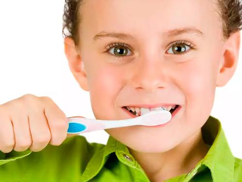 Где в Москве хорошо лечат зубы детям