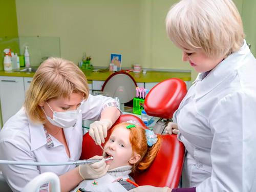 Детский стоматолог платно