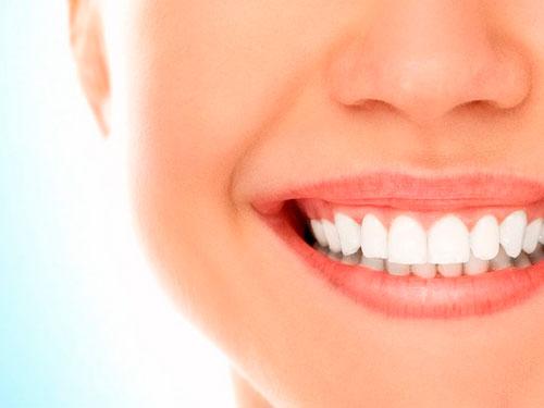 Отбеливание зубов лазером цены