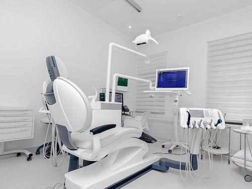 Сколько стоит отбелить зубы у стоматолога цена