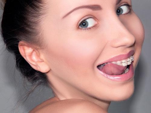 Металлопластмассовые коронки на зубы цена