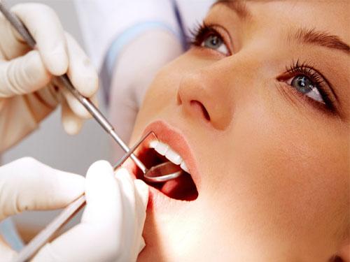 Сколько стоит ультразвуковая чистка зубов