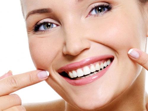Пломба на передних зубах цена