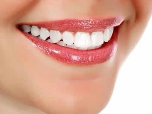 Чистка зубов от камня цена