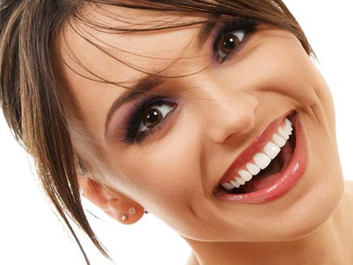 Световая пломба на передние зубы цена
