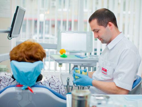 Сколько стоит выровнять зубы
