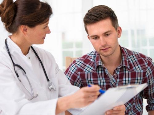 Как проявляется хламидиоз симптомы у мужчин первые признаки болезни часто отмечаются по истечении двух недель.