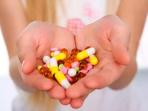 Молочница у женщин симптомы лечение препараты