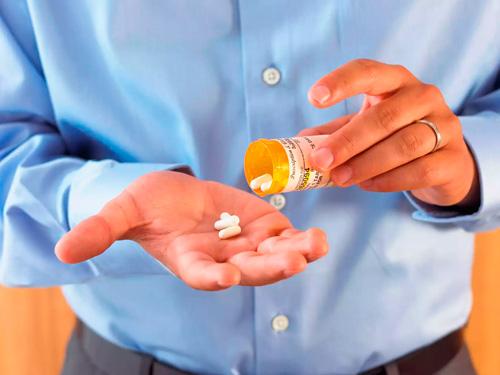 Чем лечить молочницу у мужчин препараты